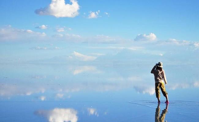Salar de Uyuni – Ο Μεγαλύτερος Φυσικός Καθρέπτης Του Κόσμου